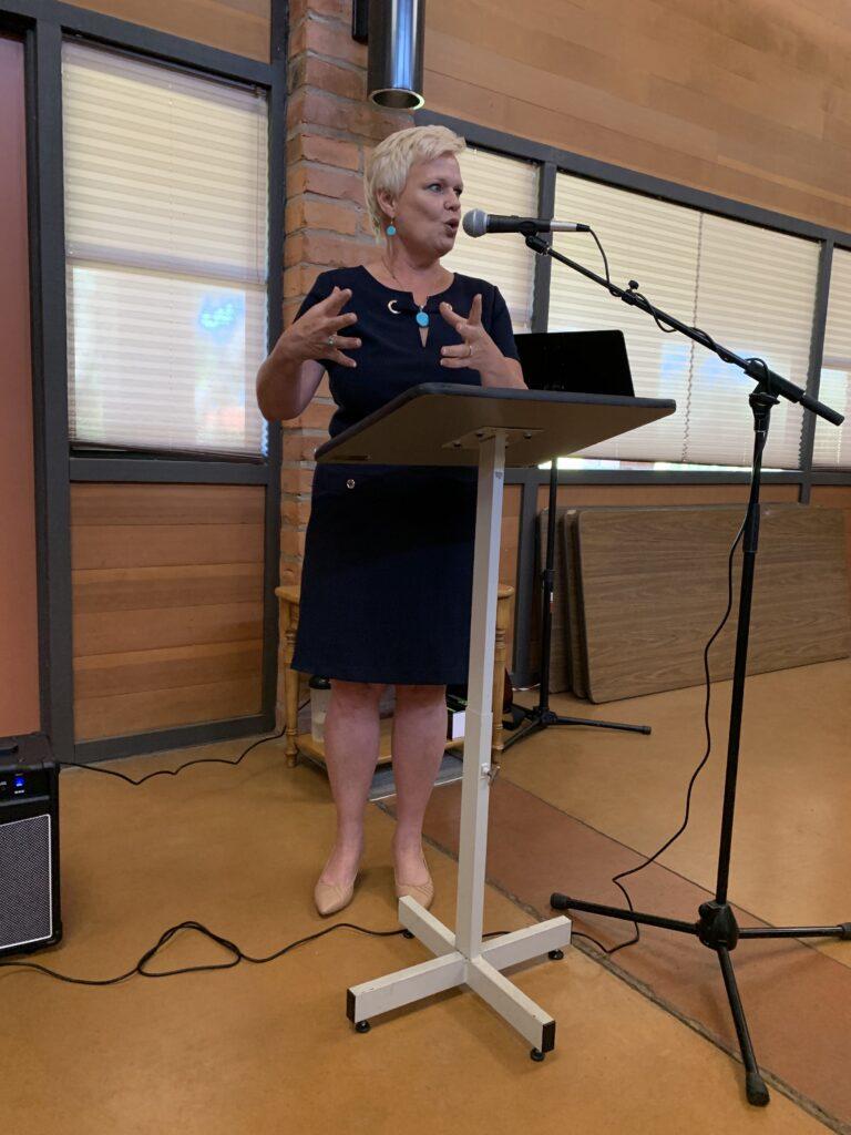 Kathy Becker memoria Press delivers excellent plenary